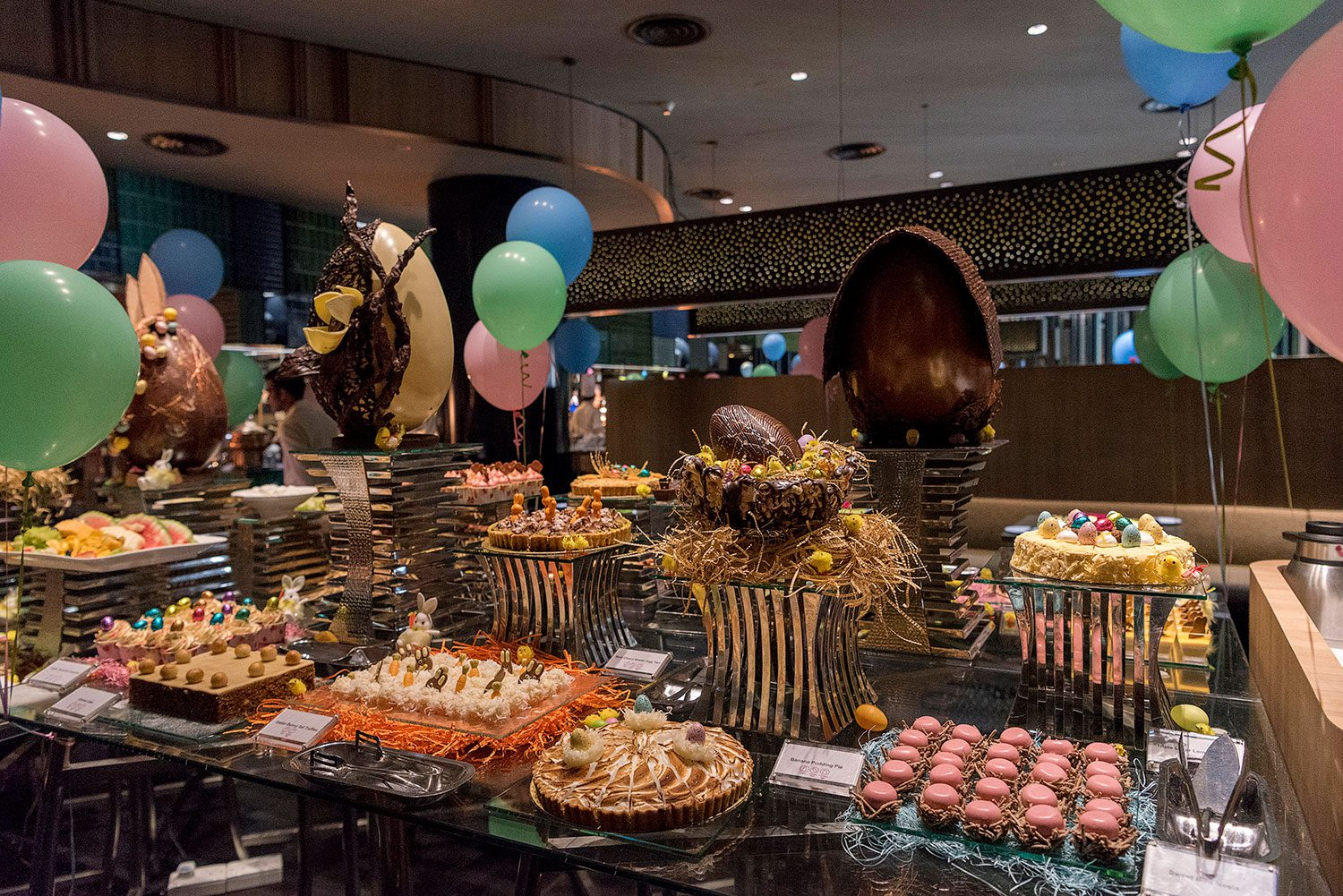 Crowne-Plaza-Changi-Airport-Easter-Dessert-Spread